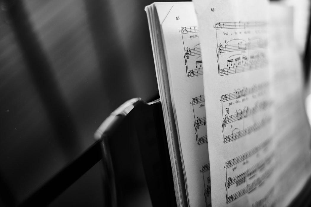 MINI PORTRAIT #7 – VIALMA, La musique classique et le jazz à portée de main